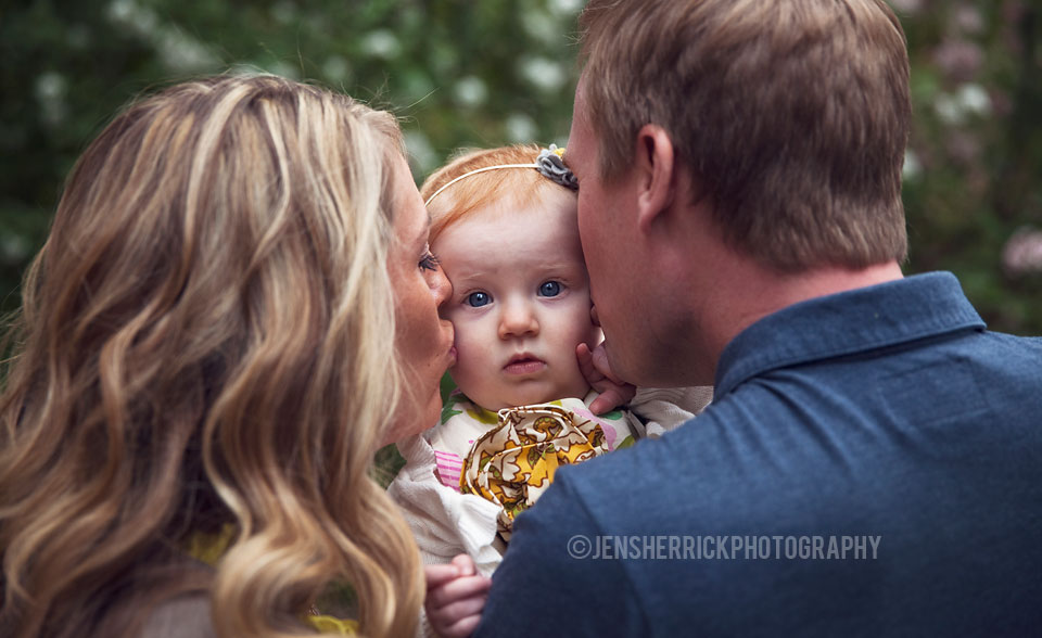 Brown Family Lifestyle Photography - Indianapolis Museum of Arts - Jen Sherrick Photography